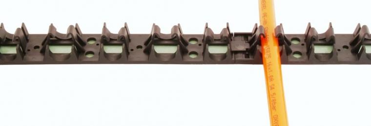 1M Underfloor Heating Pipe Grip Rail (for 15/16/17mm Pipe)